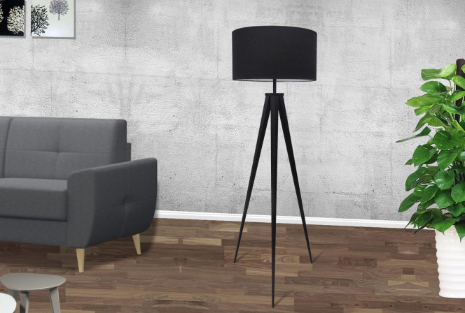 DEVA - STILREN LAMPA I SVART METALL