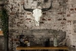 Decorative skull El Toro 70cm white black