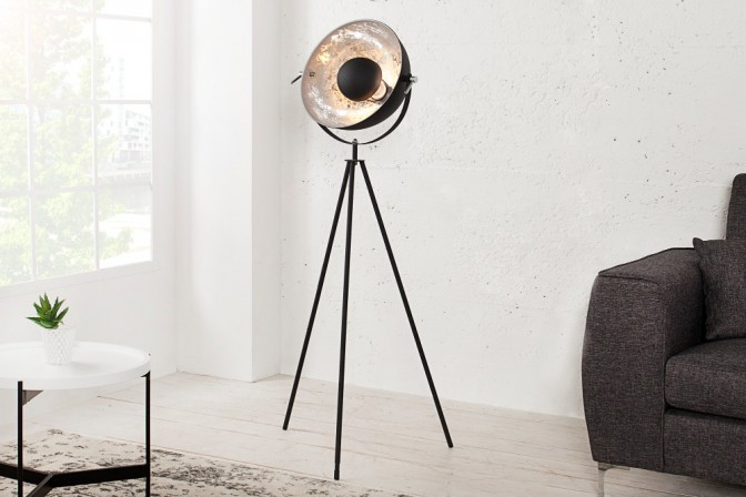 Stehleuchte Studio 140cm schwarz silber
