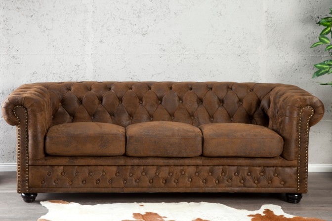 Sofa Chesterfield 3er braun Antik Look